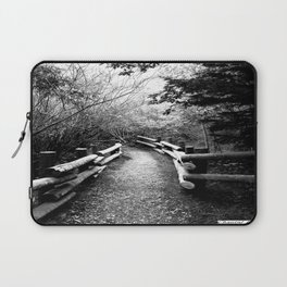The path to freedom Laptop Sleeve