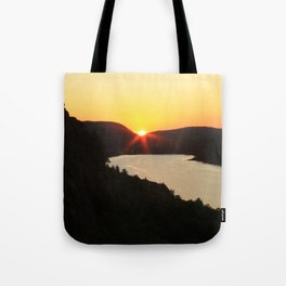Sunrise over Lake of the Clouds Tote Bag