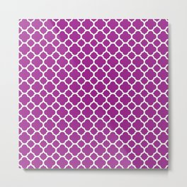 Moroccan geometrical magenta white quatrefoil pattern Metal Print