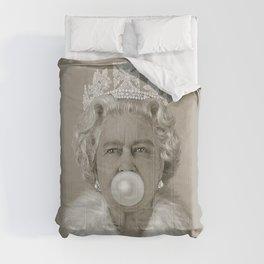 Queen Elizabeth II Blowing White Bubble Gum Comforters