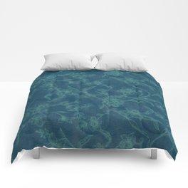 Flower Pattern (Green version) Comforters
