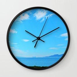 Perce Coast and Rock Wall Clock