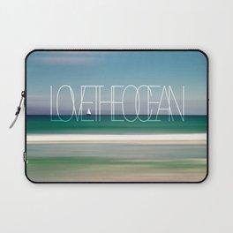 LOVE THE OCEAN II Laptop Sleeve