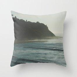 California Daydreams. Throw Pillow