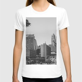 Minneapolis Minnesota Architecture Black and White T-shirt