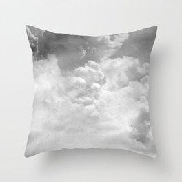 Nuages de Septembre Throw Pillow