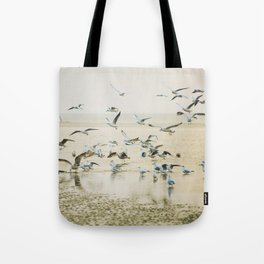 My heart beats in a million gulls Tote Bag
