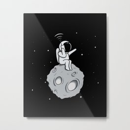 Astronot Handy Talkie Metal Print