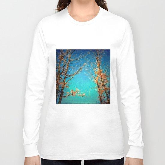 Love among the trees Long Sleeve T-shirt