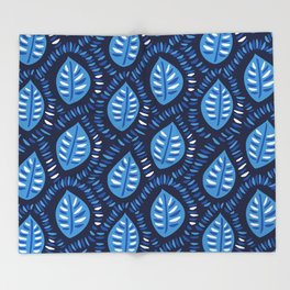 Beautiful Decorative Blue Leaves Pattern Throw Blanket