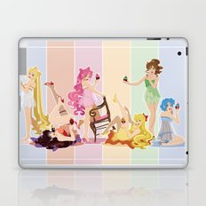 Sailor Moon Pinup - Cupcakes Laptop & iPad Skin