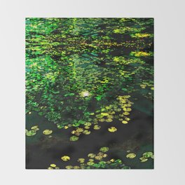 the Water Lilly Throw Blanket