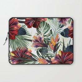 Beautiful tropical pattern with green palm leaves and hibiscus flowers Laptop Sleeve