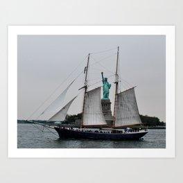 Free Sailing Art Print