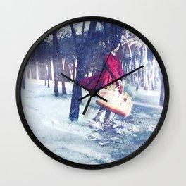 Negua/Invierno/Winter Wall Clock