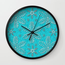 DP044-11 Silver snowflakes on turquoise Wall Clock