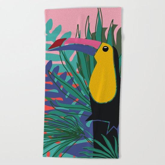 Toucan pink Beach Towel