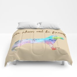 """mon chien est la famille (French for """"My dog is my family"""") Comforters"""