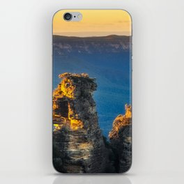 First sunrays in the morning at Three Sisters in Blue, Mountains, Australia iPhone Skin