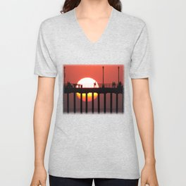 Giant Sunset * Huntington Beach, California Unisex V-Neck