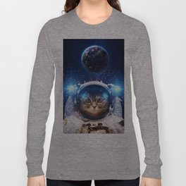 Beautiful cat in outer space Long Sleeve T-shirt