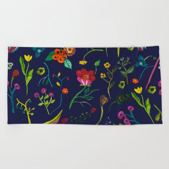 Floral love I pattern Beach Towel