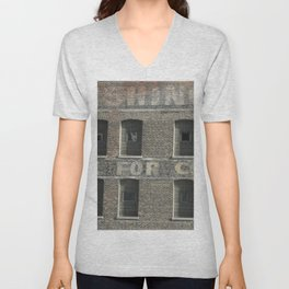 Chicago Windows, Old Building in Chicago Unisex V-Neck