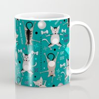 fitness Mugs featuring Fitness for cats by Vannina