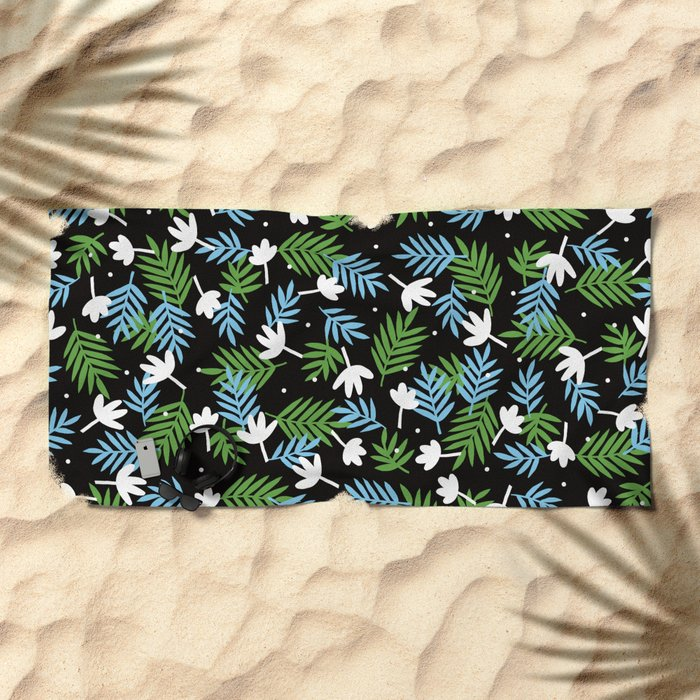 black, black Beach Towel