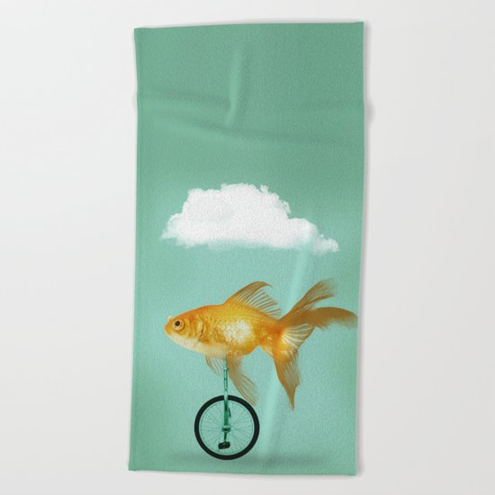unicyle goldfish III Beach Towel
