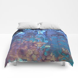 Waterfall. Rustic & crumby paint. Comforters