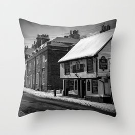 Coopers Arms, Rochester, Kent Throw Pillow
