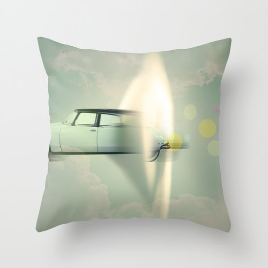 supersonic citroen Throw Pillow