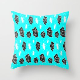 Spooky Spiders Pattern Spider Net Halloween Gift Throw Pillow