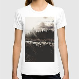 look at the sky... T-shirt