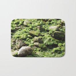 Moist and Slippery Bath Mat