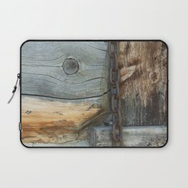 Weathered - Old Barn Wood & Rusted Chain Mormon Row Cabins Closeup Laptop Sleeve