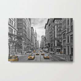 5th Avenue NYC Traffic Metal Print