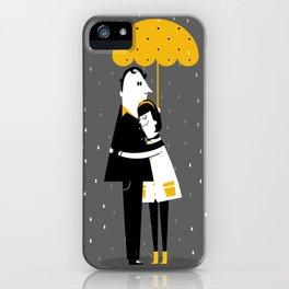 Abrazos bajo la lluvia iPhone Case