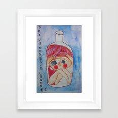 Soy un mensaje urgente/ I´m an urgent message Framed Art Print