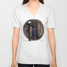 What's This? What's This? Unisex V-Neck