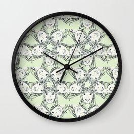 "series ""rostidade em mandala"" - the girl Wall Clock"