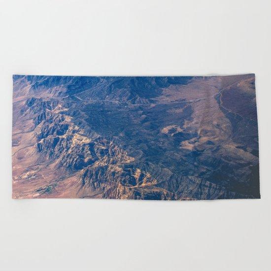 Climb The Mountains Beach Towel