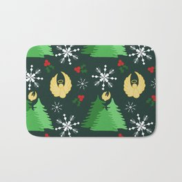 Holiday angels in green Bath Mat