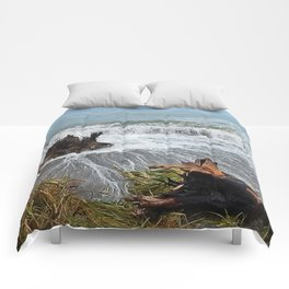 Sea Climbs into the Grass Comforters