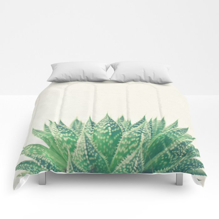 Lace Aloe Comforters