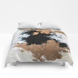 Abstract 10-18 Comforters