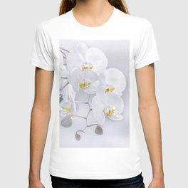Orchid white macro 029 T-shirt