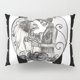 Striped Skeleton Love Couple Marriage Dance Pillow Sham