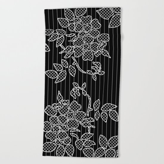 LIVING IN BLACK AND WHITE Beach Towel